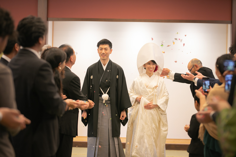 新郎新婦挙式ご退場の写真です。