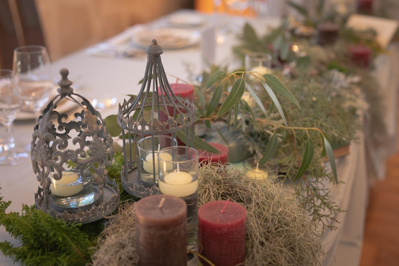 アースカラーを使ったテーブル装飾
